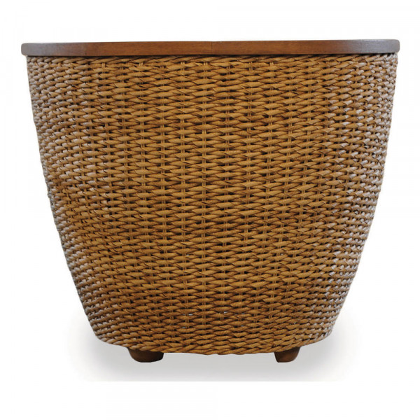 Lloyd Flanders Tobago Wicker End Table