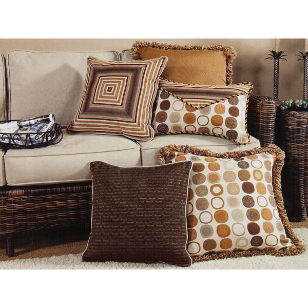 South Sea Rattan All Weather Manchester 5 Piece Throw Pillow Set