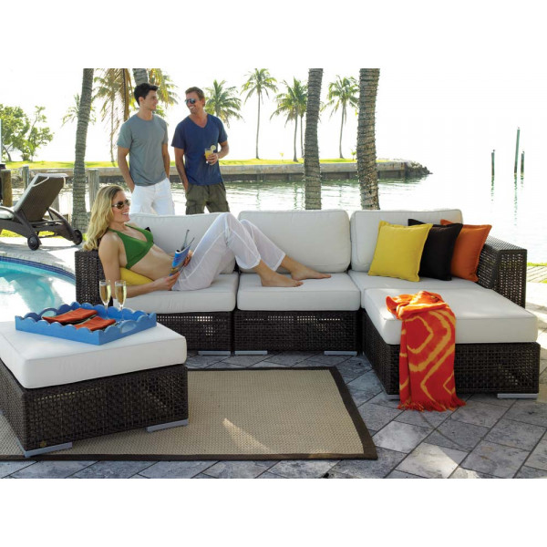 Hospitality Rattan Soho 5 Piece Wicker Sectional Set