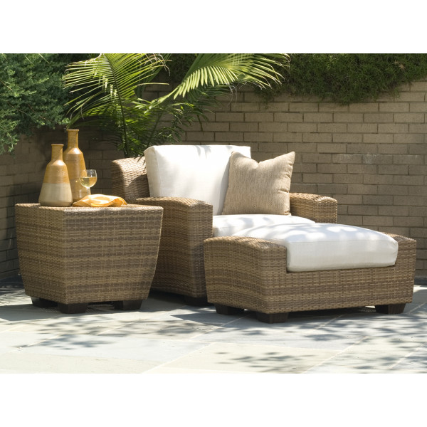 WhiteCraft by Woodard Saddleback 3 Piece Wicker Lounge Set