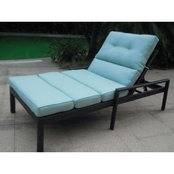 Longboat Key Santa Monica Adjustable Double Wicker Chaise Lounge
