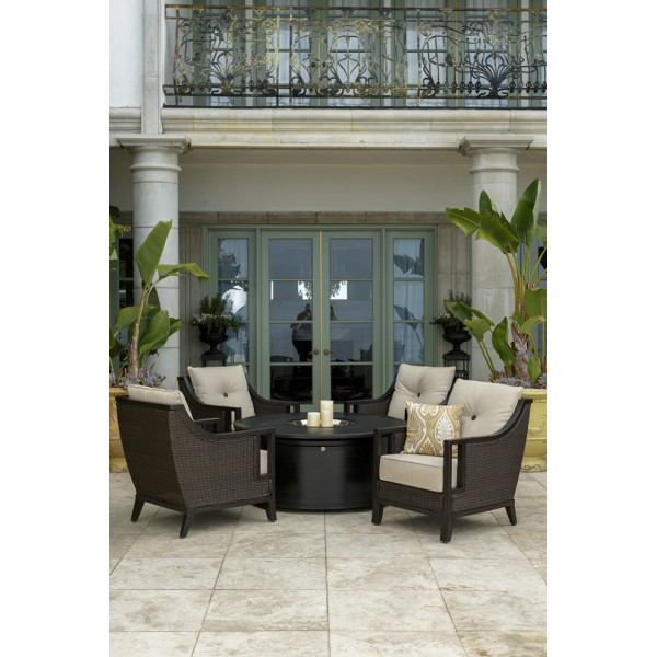 Sunvilla Pennant 5 Piece Wicker Conversation Set