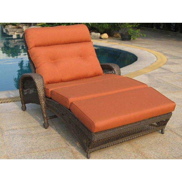 Longboat Key Incline Double Wicker Chaise Lounge