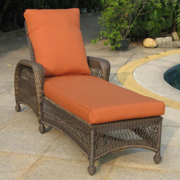 Longboat Key Incline Wicker Chaise Lounge