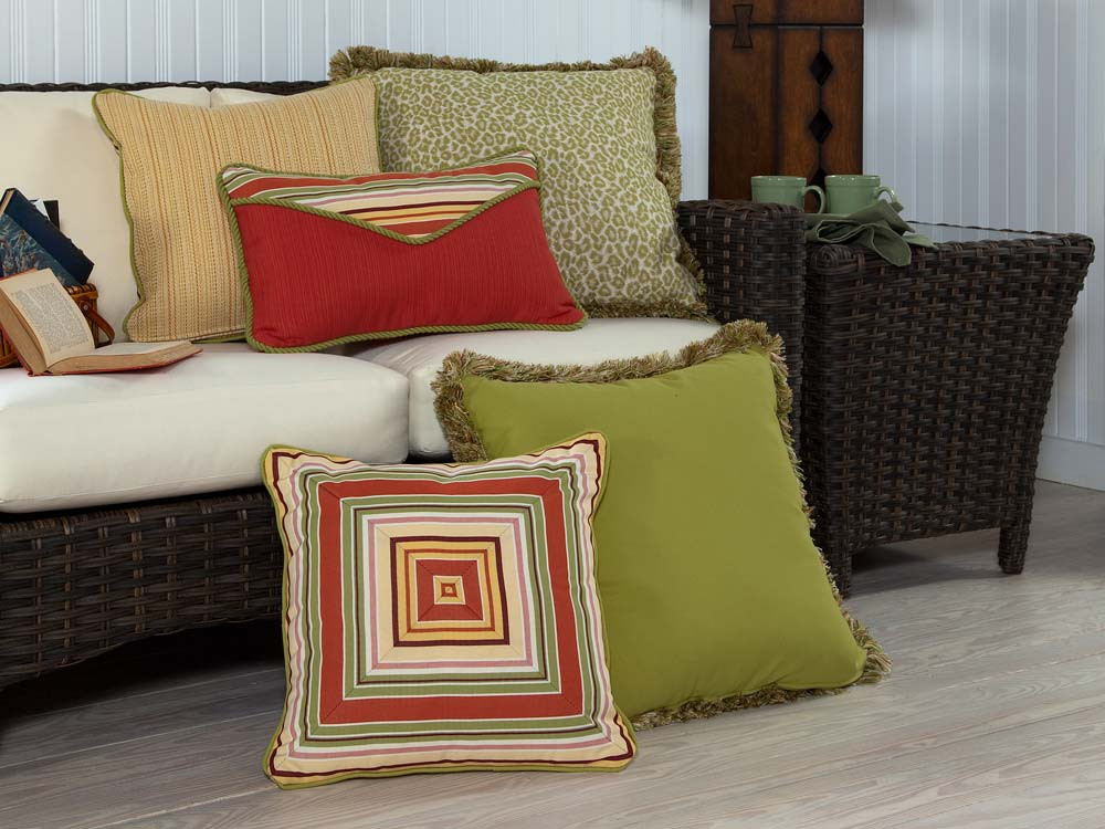 South Sea Rattan All Weather Geranium 5 Piece Throw Pillow Set - WickerCentral.com