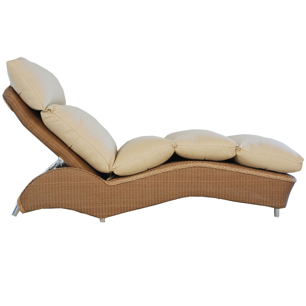 Lloyd flanders wicker adjustable double chaise for Chaise longue cushion