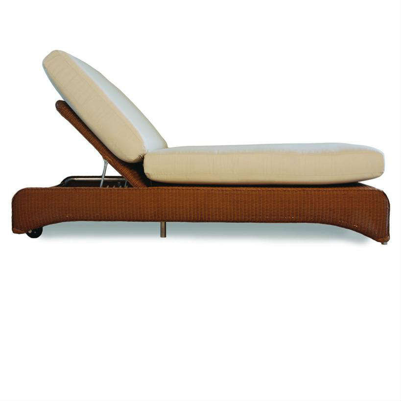 Lloyd flanders wicker double pool chaise lounge for Bamboo chaise lounge