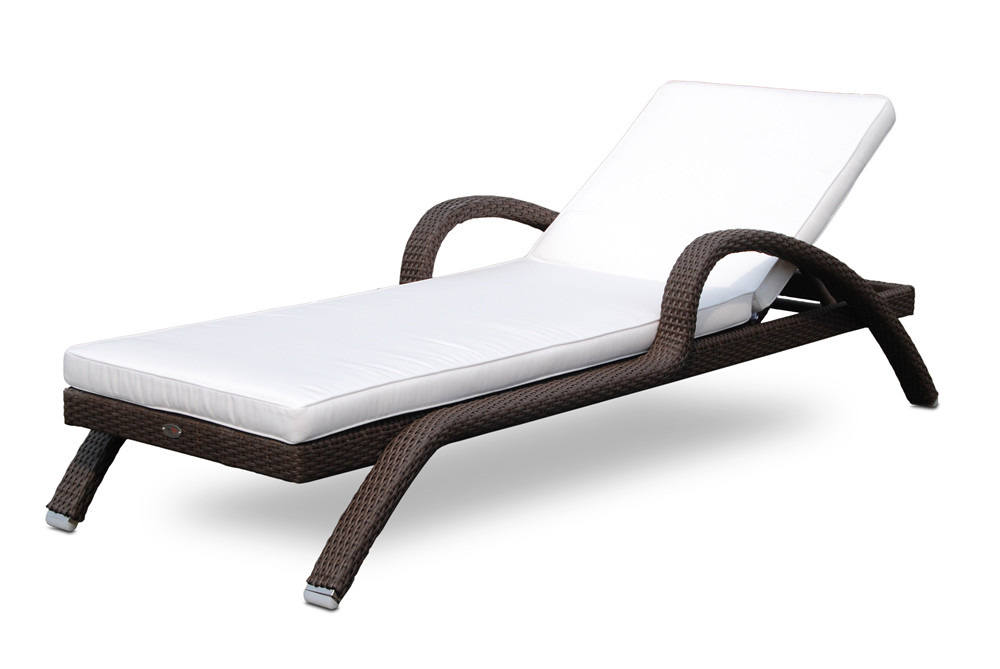 Hospitality rattan kenya wicker chaise lounge wicker for Bamboo chaise lounge