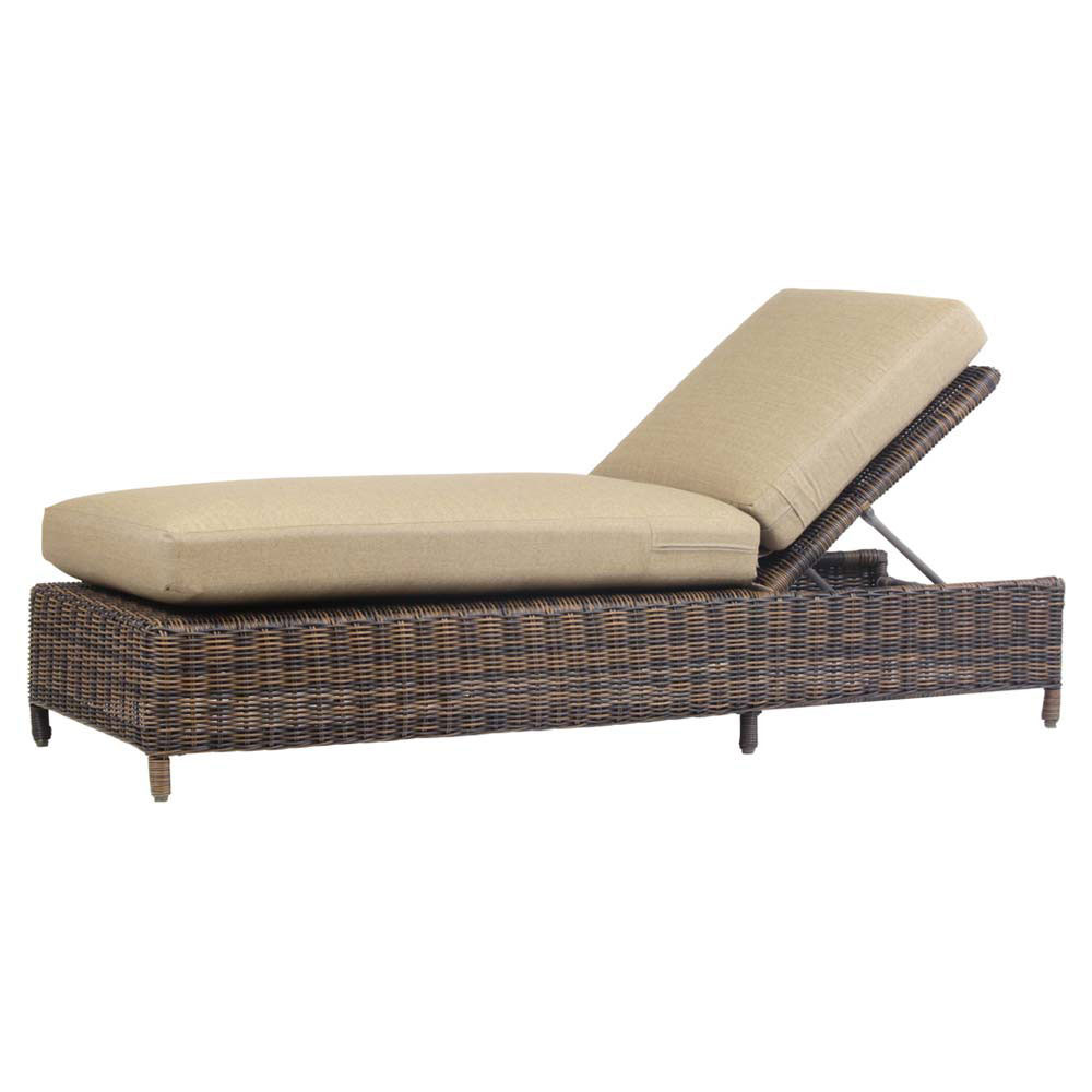 South sea rattan del ray wicker chaise lounge for Bamboo chaise lounge