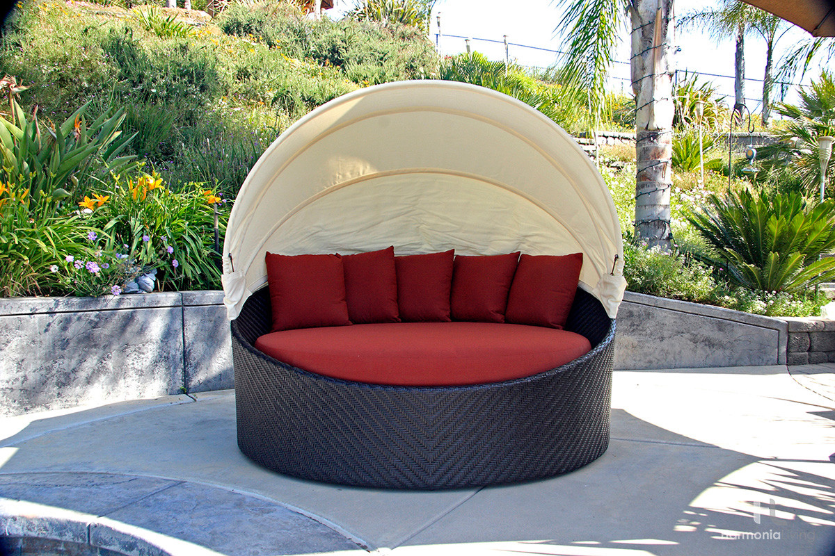 Garden Furniture Pod outdoor daybed with canopy. outdoor furniture sets outdoor daybeds