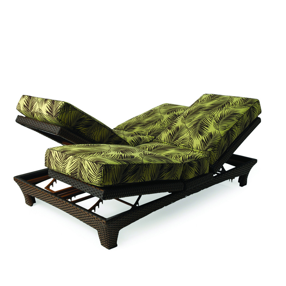 Lloyd flanders wicker sunchaser adjustable double chaise for Black outdoor wicker chaise