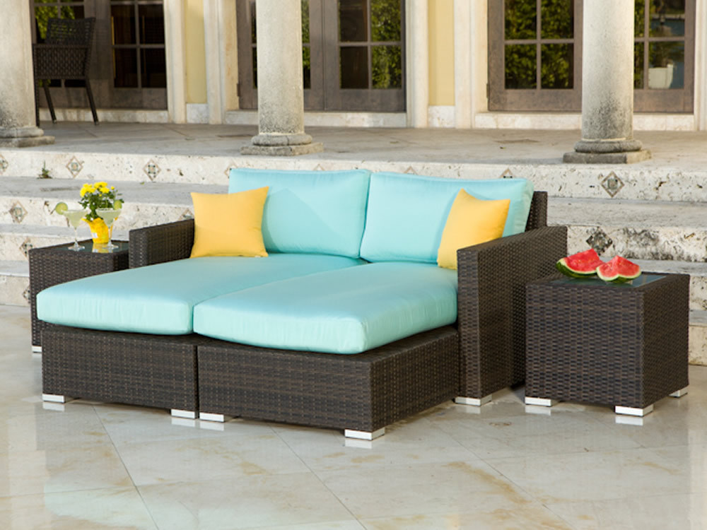 Source Outdoor Lucaya Wicker 4 Piece Sectional Chaise ...